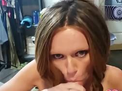 6 min - Tattooed nymph enjoys giving